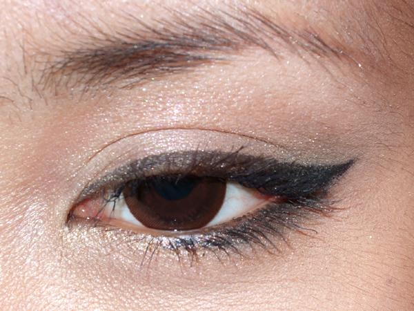 eyes-gr.JPG