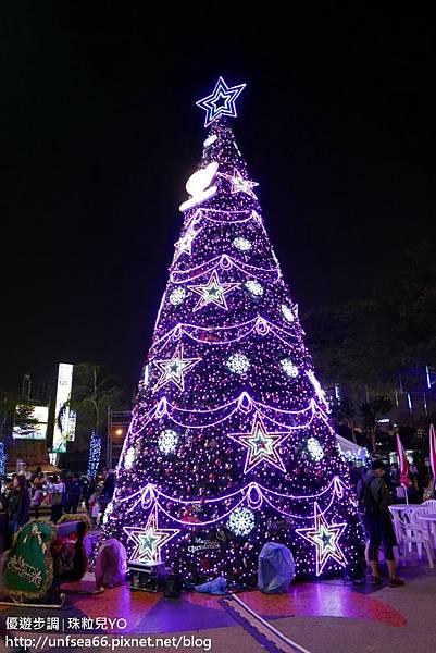 image001_YoYoTempo_台南大遠百聖誕樹.jpg