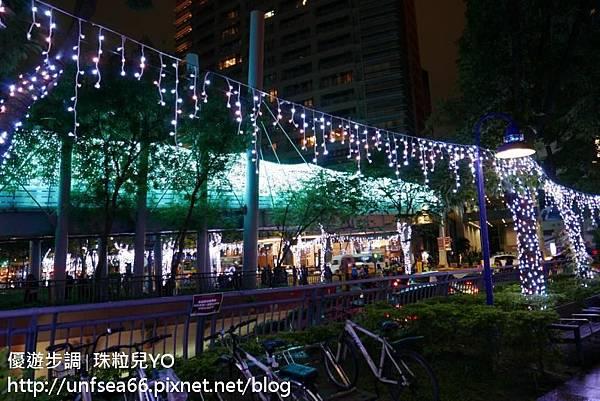 image065_YoYoTempo新北歡樂耶誕城.jpg
