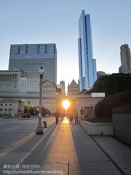 image001_YoYoTempo_在美國芝加哥市區漫遊的街景.jpg
