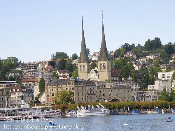 image003_YoYoTempo_【瑞士旅遊景點】瑞士琉森湖 (Lake Lucerne)之水岸景觀.jpg
