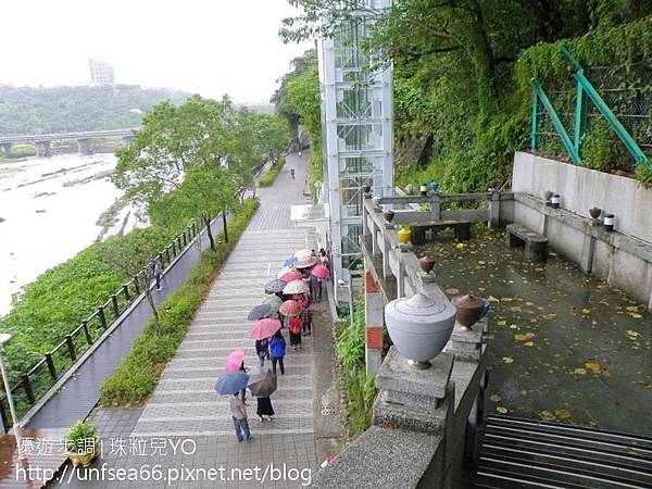 image013_YoYoTempo_【桃園旅遊景點】大溪橋與巴洛克式的浮雕拱門~古典雅致.jpg