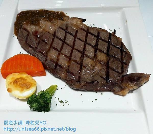 【台中美食餐廳】統領創意牛排館(台中中友店)低調的高貴氣氛感