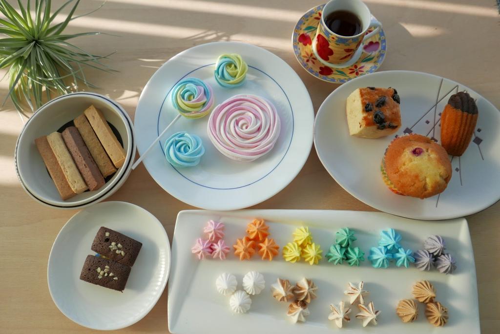 煮客實驗室,有瑪琳糖、棒棒糖、金磚布朗尼、手工餅乾、美莓馬芬、雙色瑪德蓮、酒釀葡萄司康、婚禮小物image001 (1).jpg
