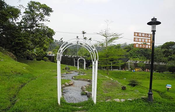 1060414青清湖畔-DSCN6417.jpg