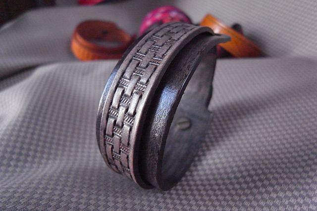 皮雕印花雙層手環-HA0303-380-R0021365 [640x480].JPG