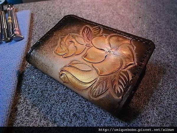 皮雕圖案卡夾, 名片夾-簡易扁型-橘棕黃金日日春-CC0102-1280-R1061692 [640x480].JPG