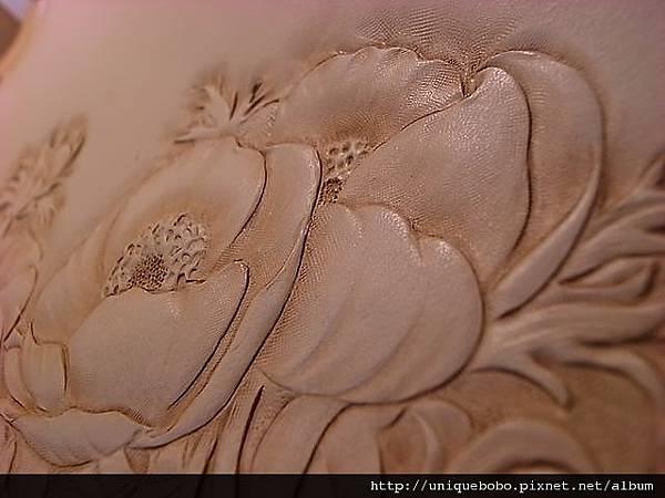 皮革雕刻-寫實的花朵-AA0109-R1063956 [640x480]