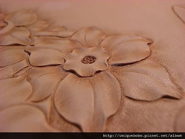 皮雕藝術-皮革雕刻寫實的花朵-水仙-AA0111-R1063909 [640x480]