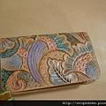 皮雕藝術名片夾-水綠紫橘炫麗孔雀-CC0203-1280R1064830 [640x480]