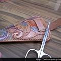 皮雕客製化小皮件-孔雀圖騰-剪刀套-SC0201-1200-R1067401 [640x480]