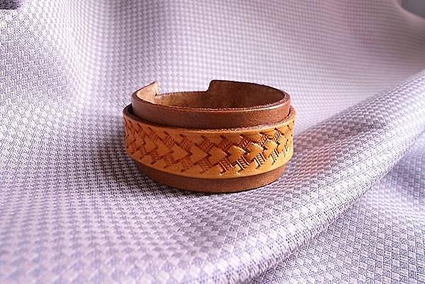 皮雕印花橘古銅雙色手環-HA0103-380