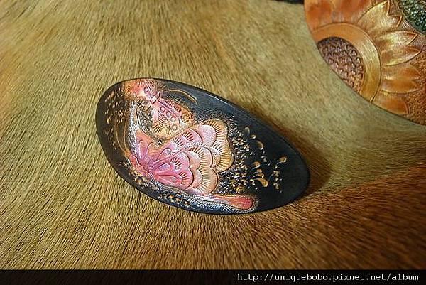 皮雕時尚髮夾-粉紅蝴蝶-HH0205-680-R1050032 [640x480].JPG