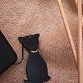 窈窕貓水鑽皮雕手機吊飾(黑)-KF0301-280