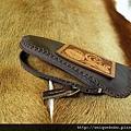 Unique極簡手縫軟皮加唐草皮雕置物小包或手機套-CB0701-1280-R1050128 [640x480].JPG