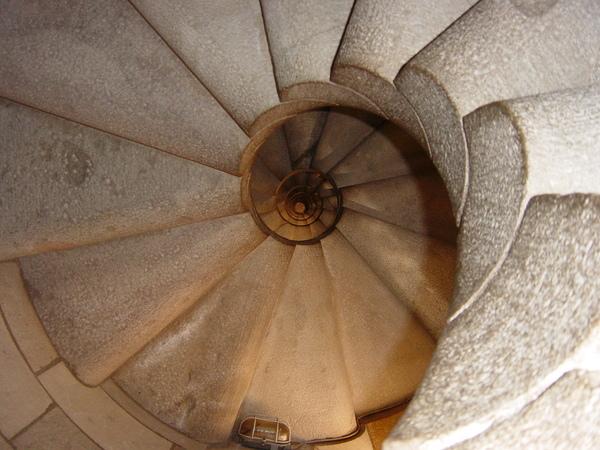 我爬內部樓梯上去
