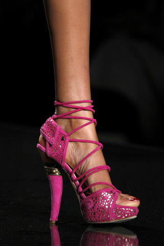 christian-dior-2009-fall-shoes-4.jpg