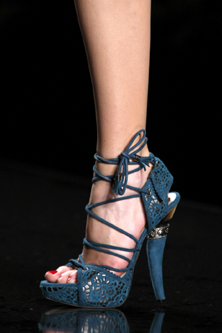 christian-dior-2009-fall-shoes-5.jpg