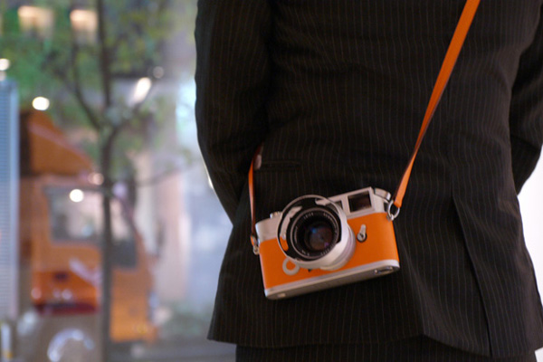 hermes-leica-m7-limited-edition-camera-2.jpg