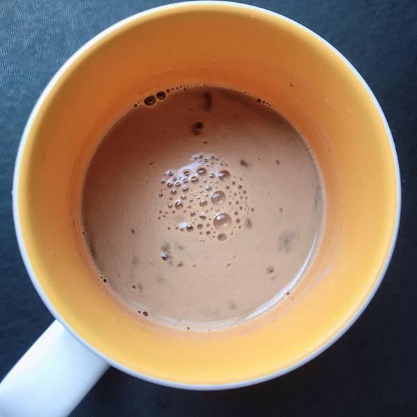 【開箱】想提升代謝率又欠缺運動。不想餓肚子又想調整曲線?讓生銅飲食好夥伴「防彈咖啡」成就你的S計畫-吃貨防彈咖啡(沖泡簡單&增加飽足感)