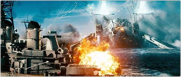 《超級戰艦》-外星人巨大戰艦