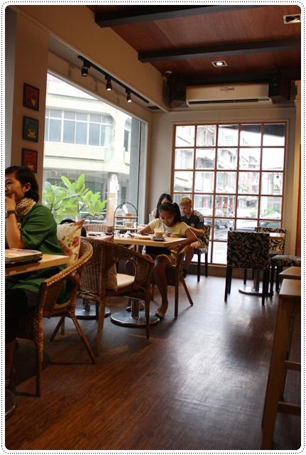 Eske Place Coffee House-內景01