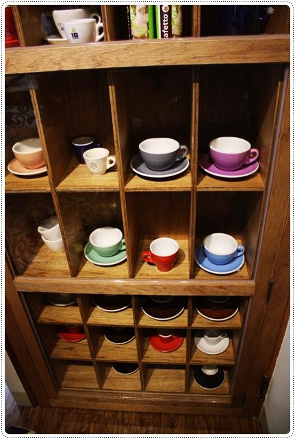 Eske Place Coffee House-簽名咖啡杯03