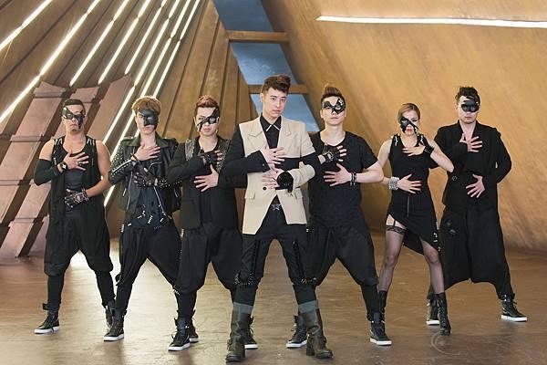 潘瑋柏[24個比利]MV呈現演譯式舞步
