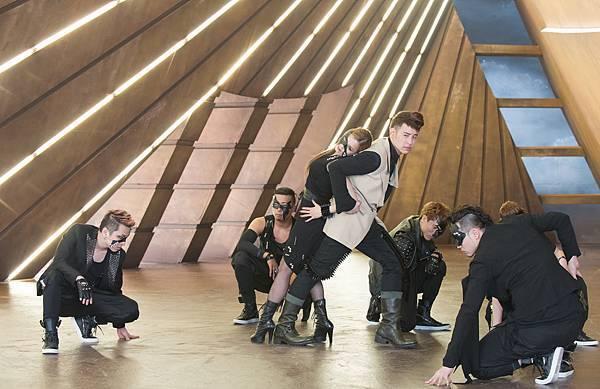 潘瑋柏[24個比利]MV拚搏超現代舞蹈