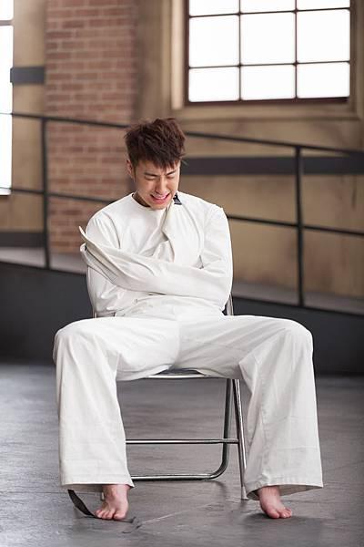 潘瑋柏[24個比利]秀演技狂哭詮釋人格分裂