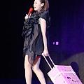9.张靓颖2011年度大碟《改变》发布.jpg