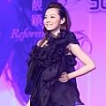 10.张靓颖2011年度大碟《改变》发布.jpg