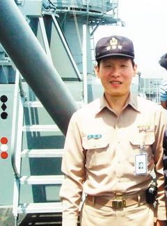 張鳳強艦隊長