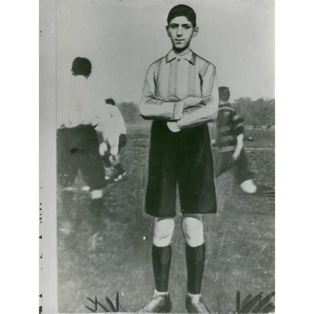 De Gaulle Young-1.jpg