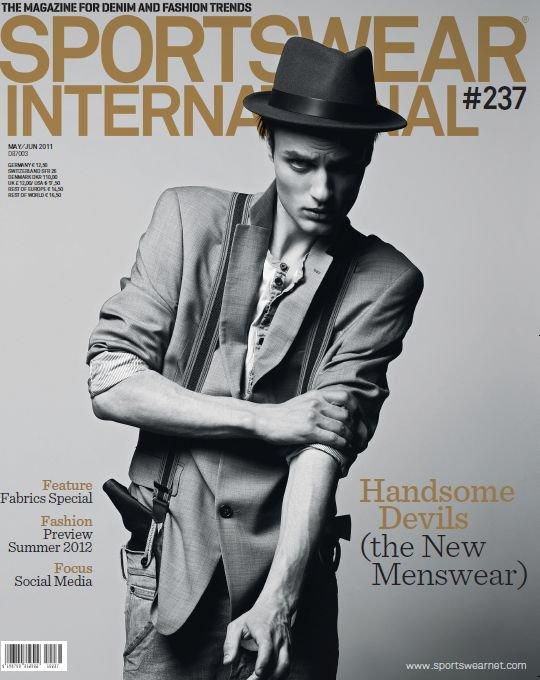 Sportswear International #237 covers by Oskar Tranum