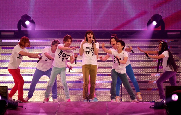20090718 Super Junior 在二巡演唱會上跳的GEE