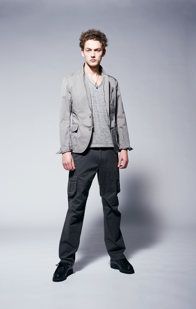 Joseph Homme SS11 CASUAL