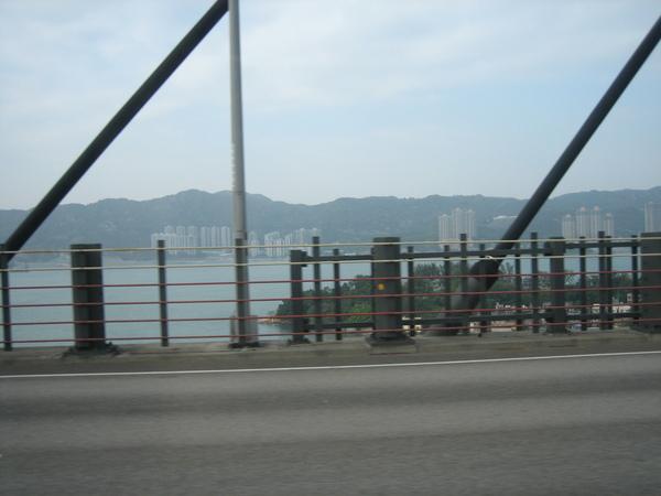 第五天前往香港