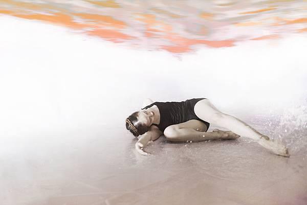 冶野舞蹈水攝影【Deep Sleep】