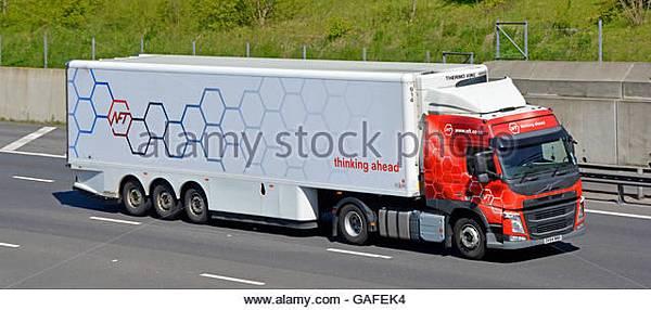 supply-chain-transportation-logistics-via-nft-articulated-trailer-gafek4.jpg
