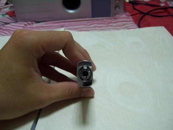 耳機插孔有做鏡面處理