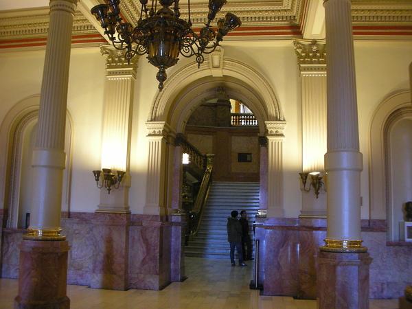 市長開記者會的廳堂
