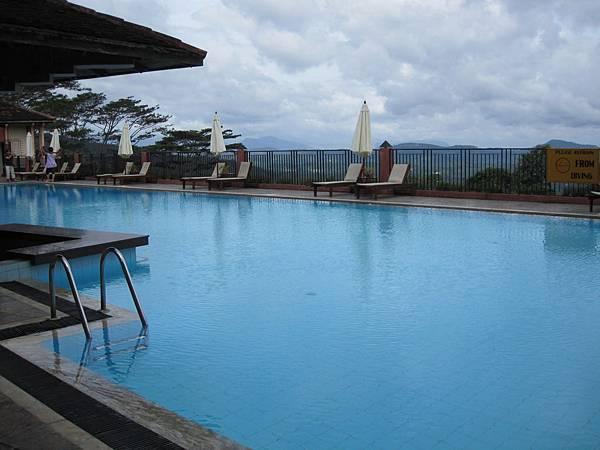每間飯店都有很棒的游泳池
