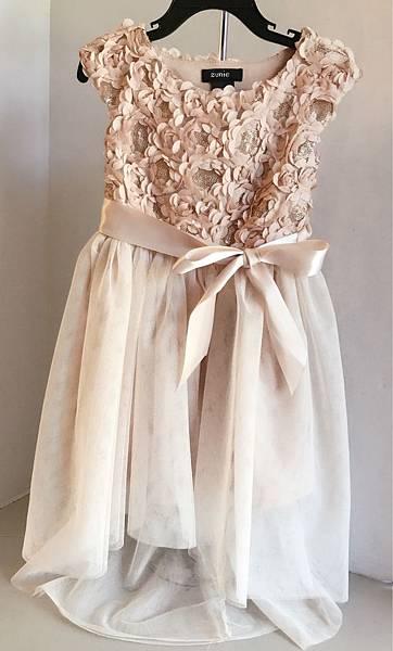 zunie禮服