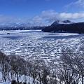 摩周湖結冰了