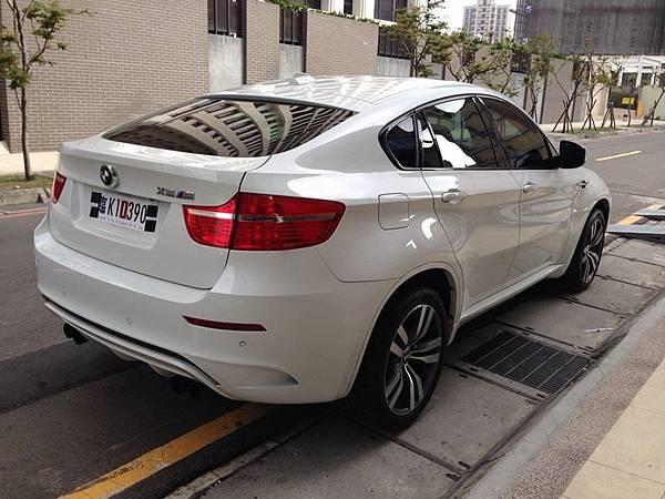 2011 BMW X6M - Car2TW協助王先生代辦從加拿大溫哥華運車回台灣台北