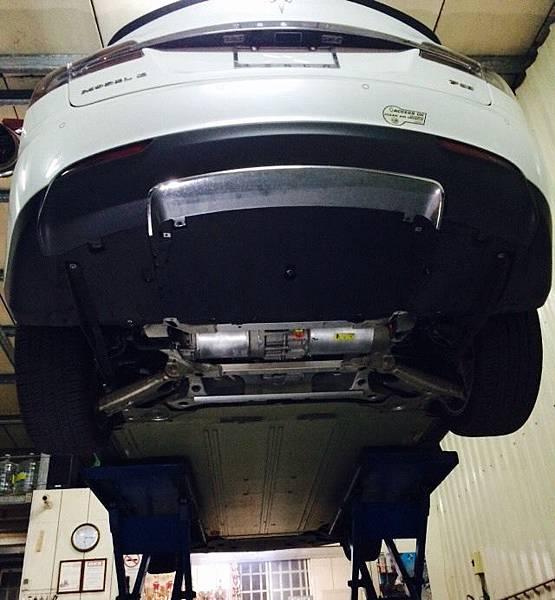 Tesla電動車馬達及電池位置
