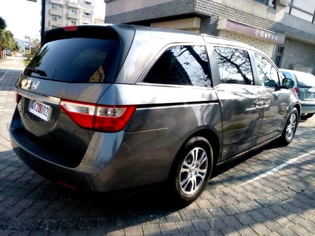 2012_Honda_Odyssey_6