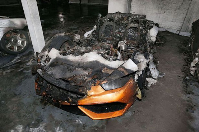 sports-car-on-fire-7