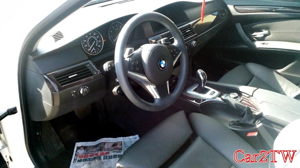 BMW_535i_E60_1